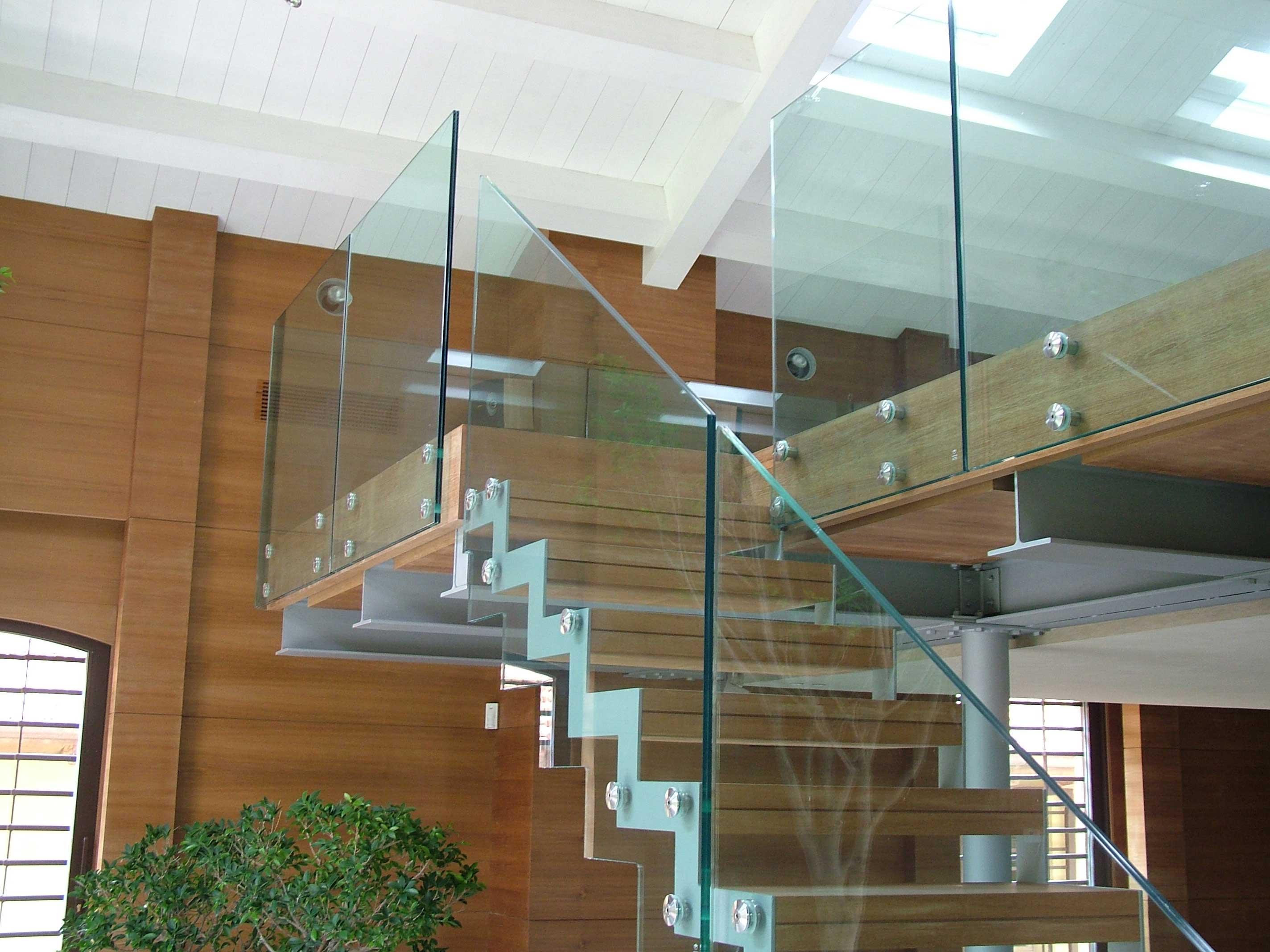 Картинки по запросу Ограждения из стекла